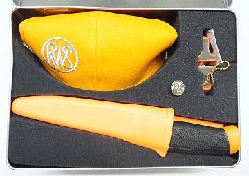 Dárková sada RWS čepice + nůž + ostřič - 2