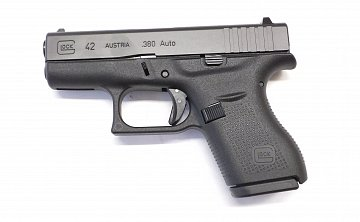 Pistole Glock 42 r.9mm Browning - 1