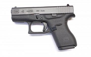 Pistole Glock 42 r.9mm Browning - 2